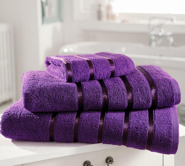 Kensington Towel Aubergine